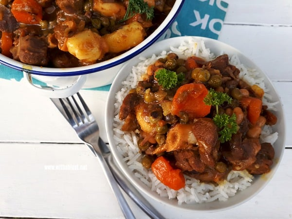Lamb Curry is rich, tasty comfort food ! Fall-off-the-bone tender and loaded with vegetables - the perfect dinner for cooler evenings and ideal for entertaining too.