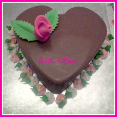 Valentines Smash Cake www.withablast.net