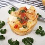 Chicken and Creamy Garlic Bread Baskets