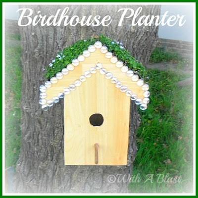 With A Blast: Birdhouse Planter {DIY}   #diy  #crafts  #garden