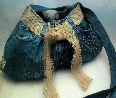 With A Blast: Old Denim to New Sling Bag   #upcycleddenim #sewing #crafts #denim #bags #slingbag