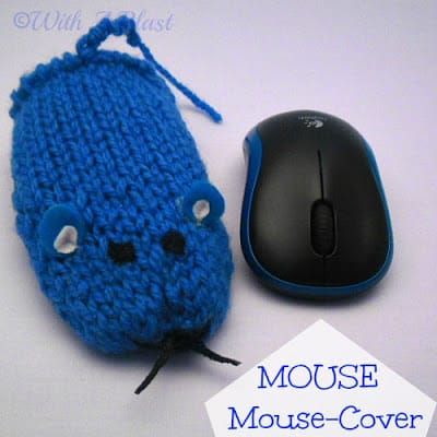 Mouse Mouse-Cover   {easy - no traditional knitting!}  #crafts #mousecover #loomknitting #withablast.blogspot.com