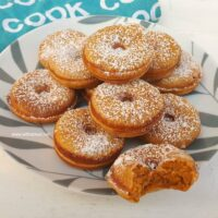 Easy Pumpkin Donuts