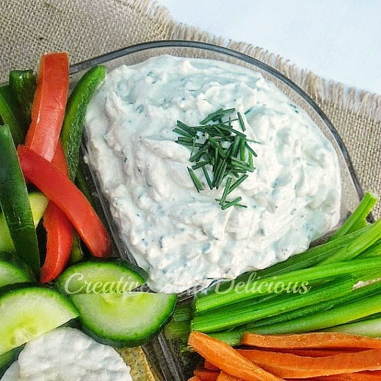 Skinny Blue Cheese and Chives Dip