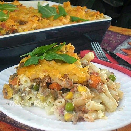 All-In-One Creamy Pasta Casserole ~ Pasta, veggies, beef and a creamy sauce, all in one dish, make this a family favorite #Casserole #AllInOneMeal