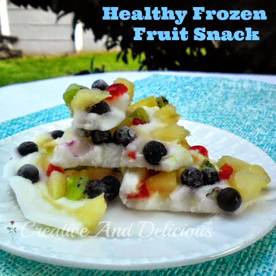 Healthy Frozen Snack ~ Cool down with this delicious bark-like, low-fat, frozen fruit snack instead of a rich ice-cream #HealthySnack #FrozenSnack