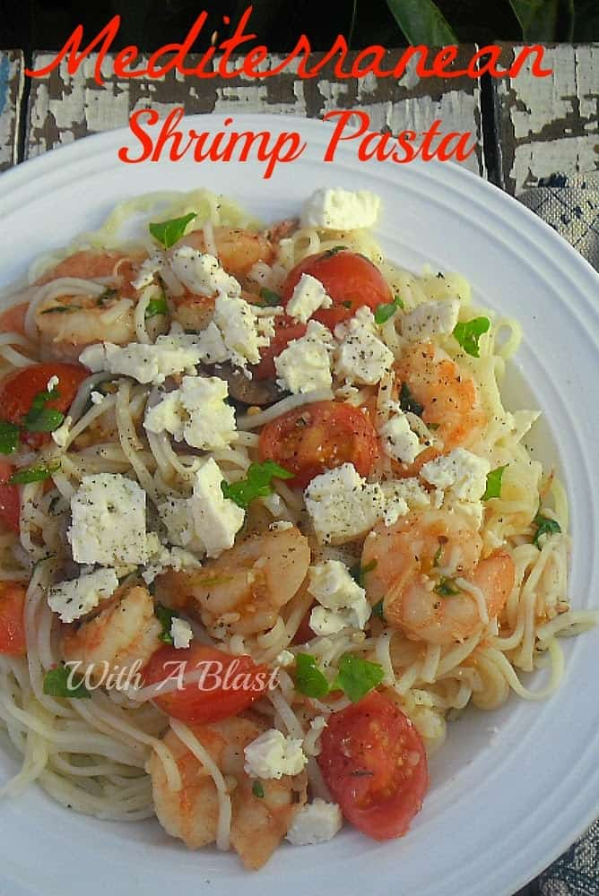 If you like Mediterranean food - you will LOVE this quick and easy Mediterranean Shrimp Pasta dish. Delicious and also low in fat dinner recipe #ShrimpRecipes #PastaDinnerRecipes #EasySeafoodRecipes