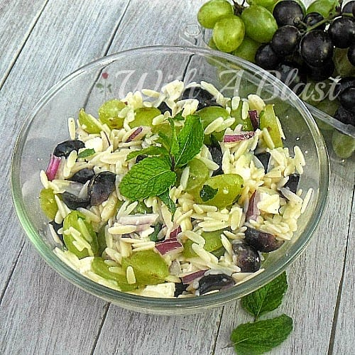 Minty Orzo and Grape Salad ~ Refreshing duo of grapes, mint and Orzo with a light Lemon dressing salad #Salad #OrzoSalad
