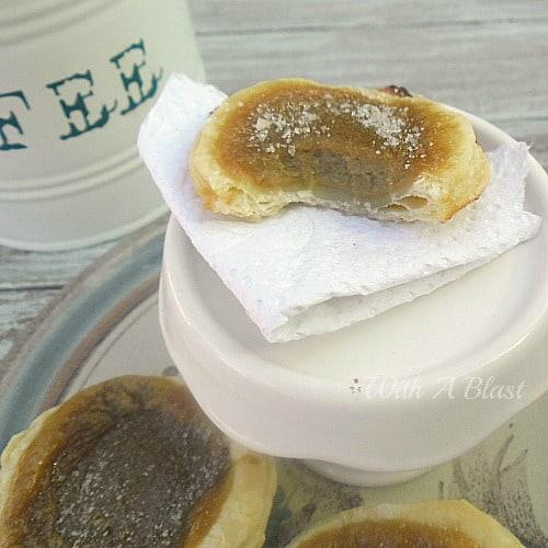 Coffee Custard Mini Pies ~ Creamy, coffee custard in crisp pastry ~ quick & easy recipe #CoffeeTreats #SweetTreats #Dessert #MiniPies #SweetPies