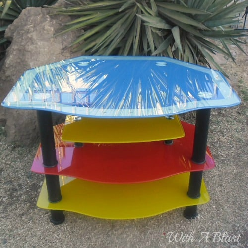 Funky Glass TV Stand ~ How to spray paint an old ugly glass TV stand {and preventing future scratches!} #SprayPainting #FurniturePainting #Upcycling #TVStand #GlassPainting