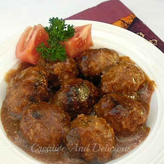 Low-Fat Tarragon Meatballs in Mushroom Sauce ~ Juice, delicious Meatballs in a special Mushroom Sauce - awesome served over Pasta #LowFat #MeatballRecipe #SpecialSauce