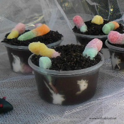 These Hatching Worms Pudding Bowls for Halloween are not only perfectly gory-looking, but a delicious sweet treat too - quick and so easy to make