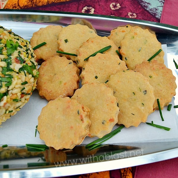 Cheddar and Chive Biscuits ~ The fresh taste of Chives and rich Cheddar make these savory biscuits {crackers} 100% better than any store-bought kind and is perfect to serve with dips and cheese balls as an appetizer {Quick and Easy recipe} #SavorySnacks