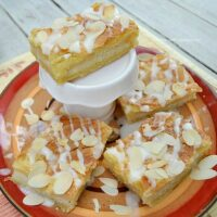 Easy Pear Danish Bars