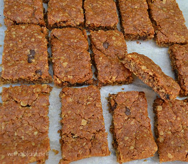 Old-Fashioned Oatmeal Bars