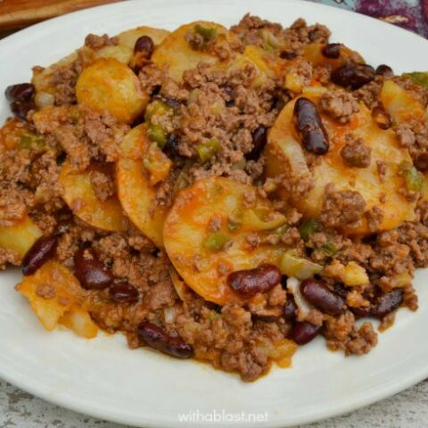 Chili Cowboy Casserole (Slow-Cooker)