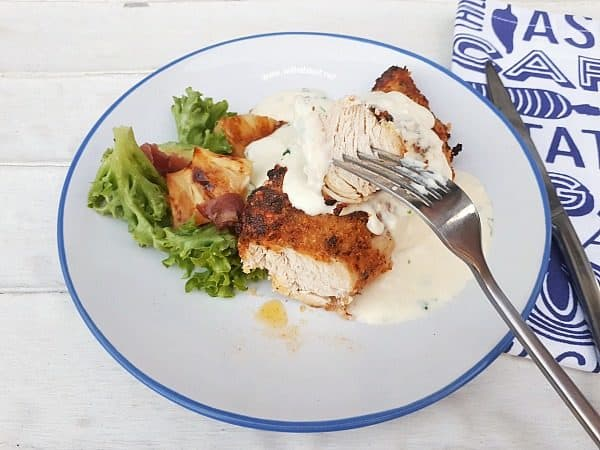 Oven baked or Airfryer – Tender and juicy Pecorino Crusted Chicken with an amazing (easy!) 5 minute Garlic Sour Cream Sauce