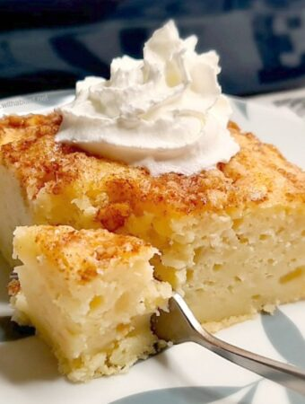 Apple Pie Dump Cake